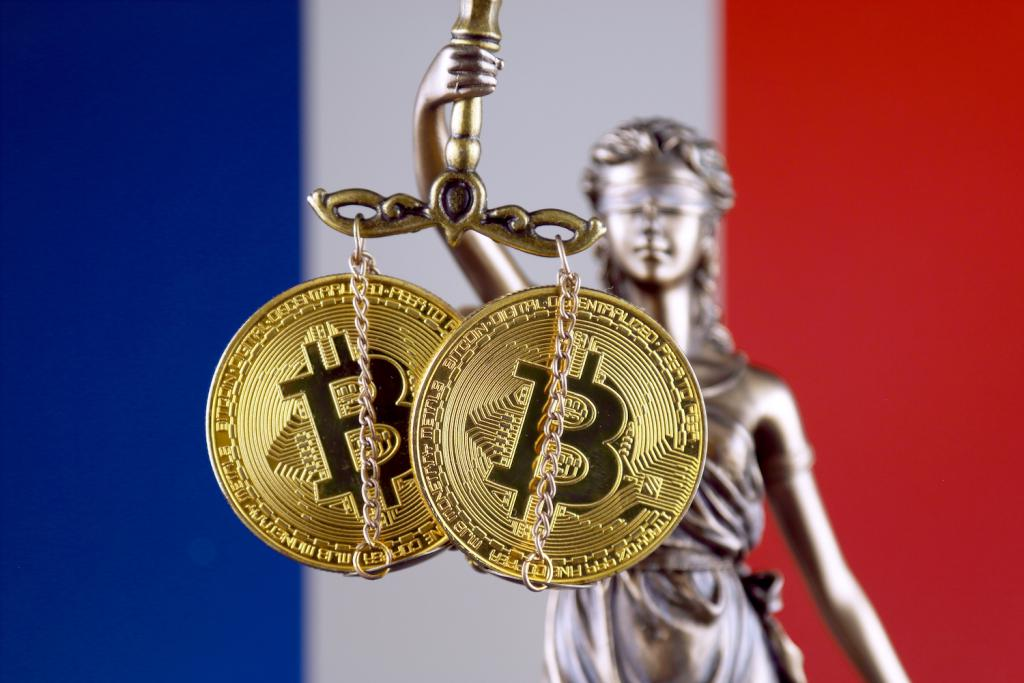 France Names 15 Unauthorised Investment Websites