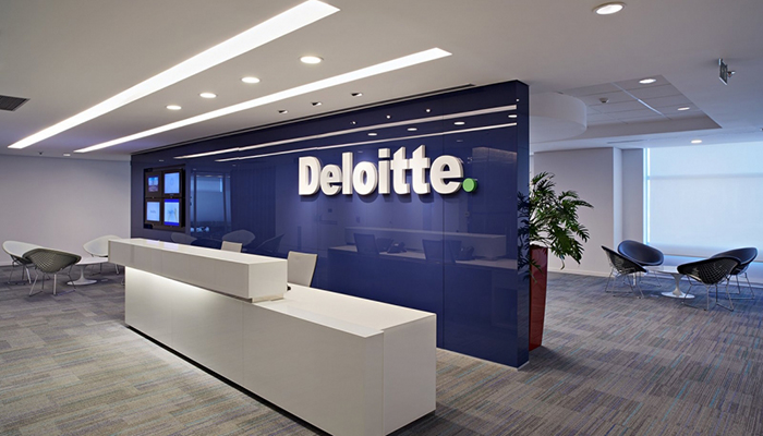 Deloitte employees can pay for lunch with Bitcoins