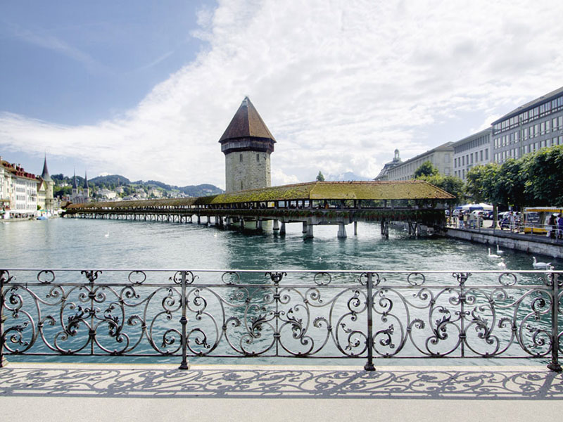 Swiss university students could pay for education in bitcoins