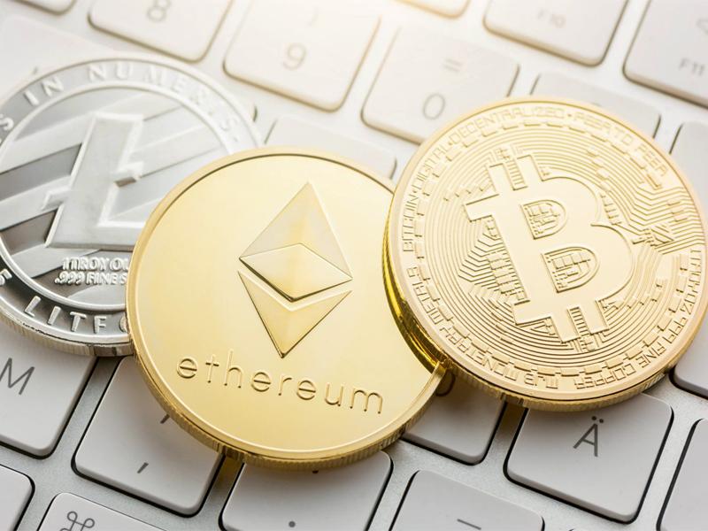 TOP-3 cryptocurrencies to kick off in 2018: Investors' perspective